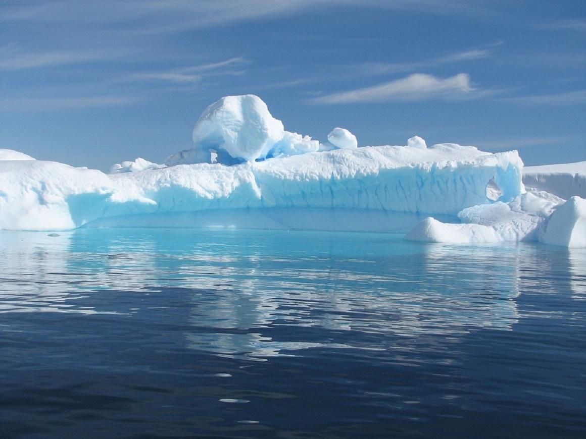 Стены на дне моря уберегут ледники от таяния и помогут бороться с потеплением