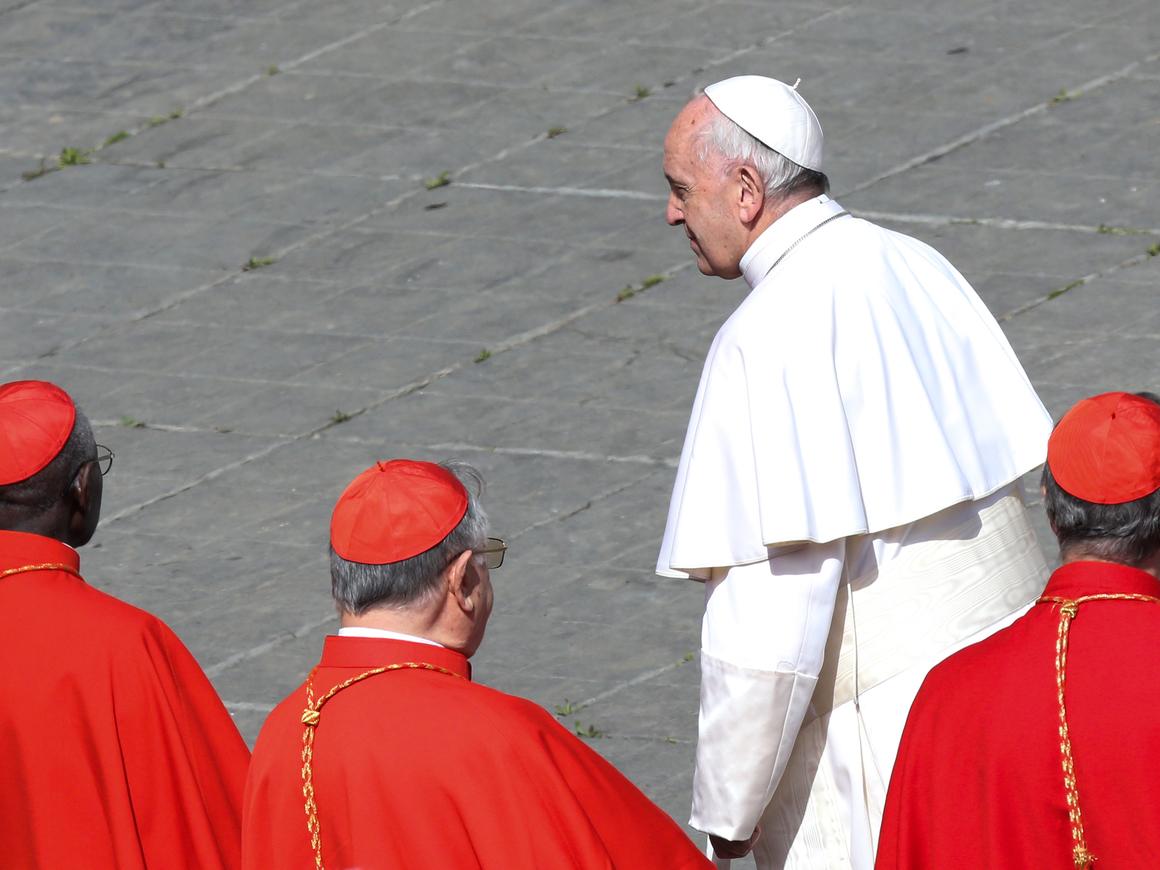 Ватикан и Китай 67 лет были в ссоре, теперь мирятся