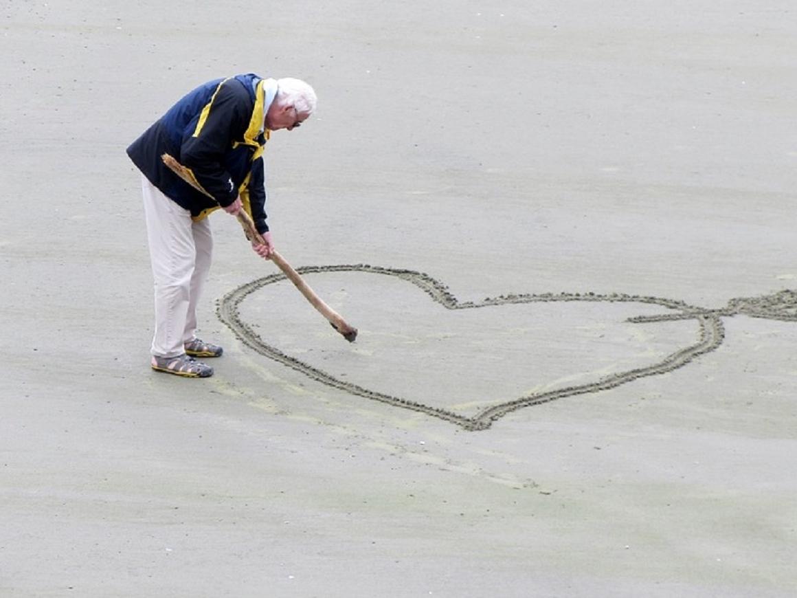Как прожить до ста лет: вредные советы от долгожителей