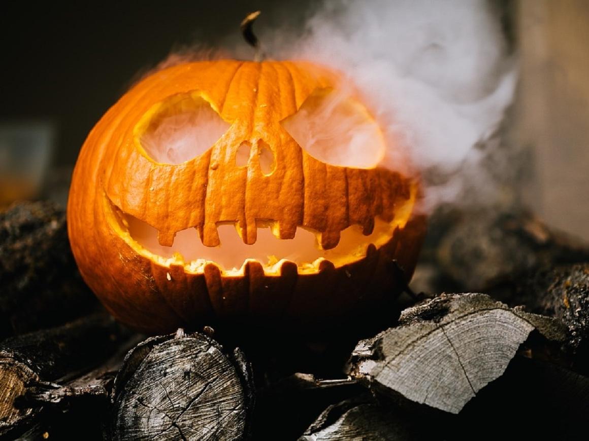 Пора готовиться к Хэллоуину: самый модный костюм уже есть (фото)
