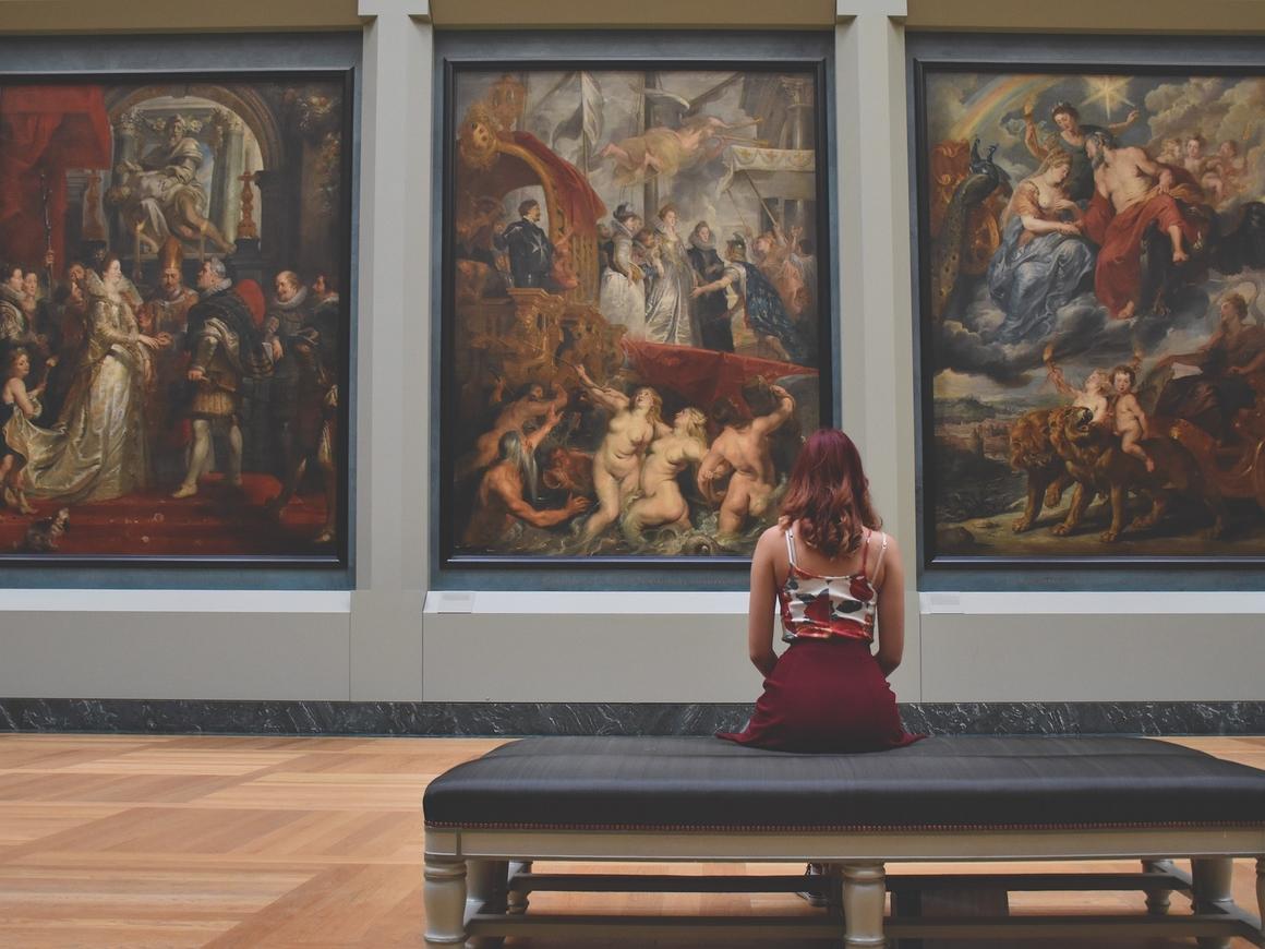 Лондонская галерея HOFA продаёт искусство за биткоины (видео)