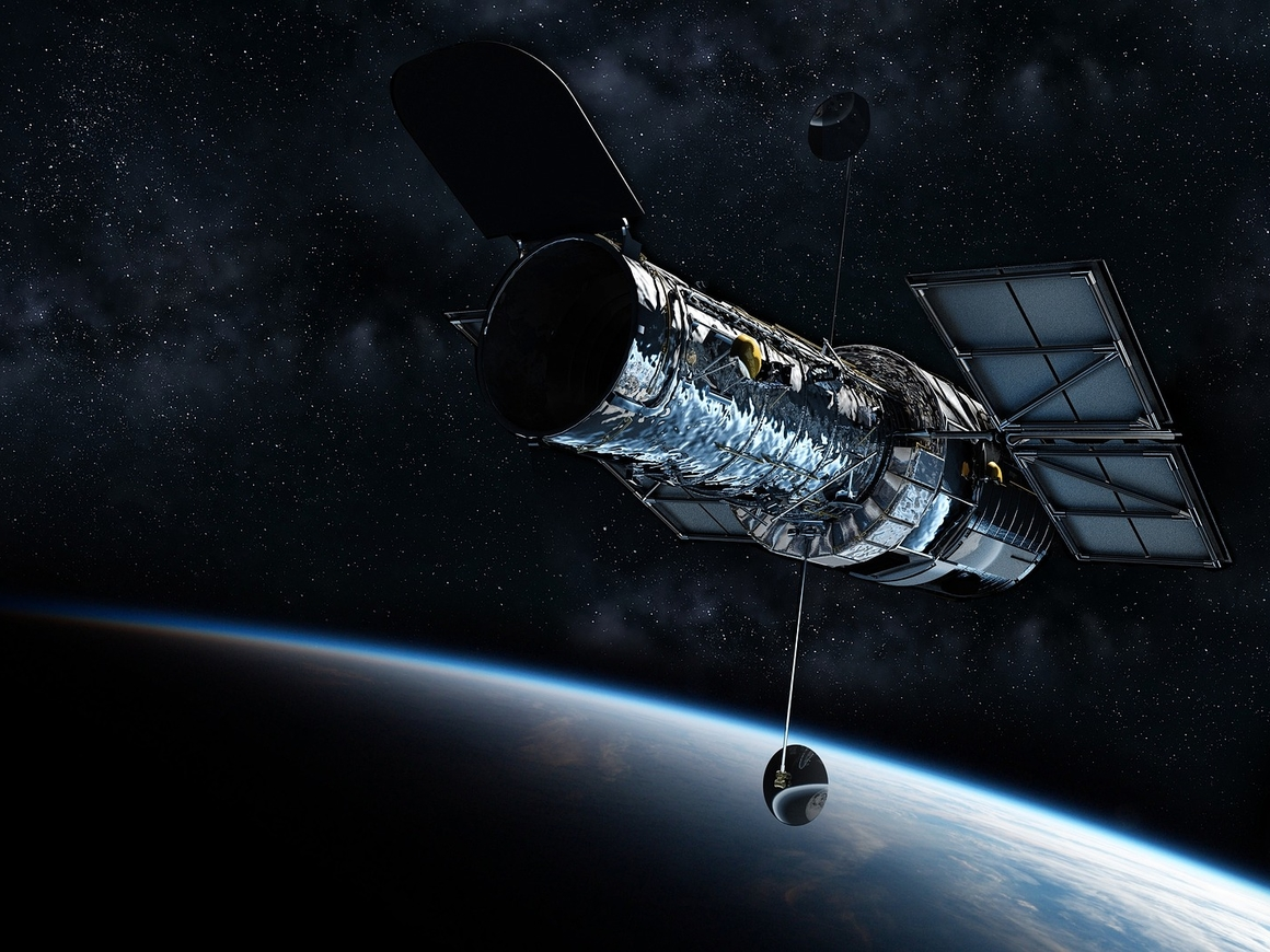 Крякнем, плюнем и надёжно склеим скотчем: как починили телескоп Hubble