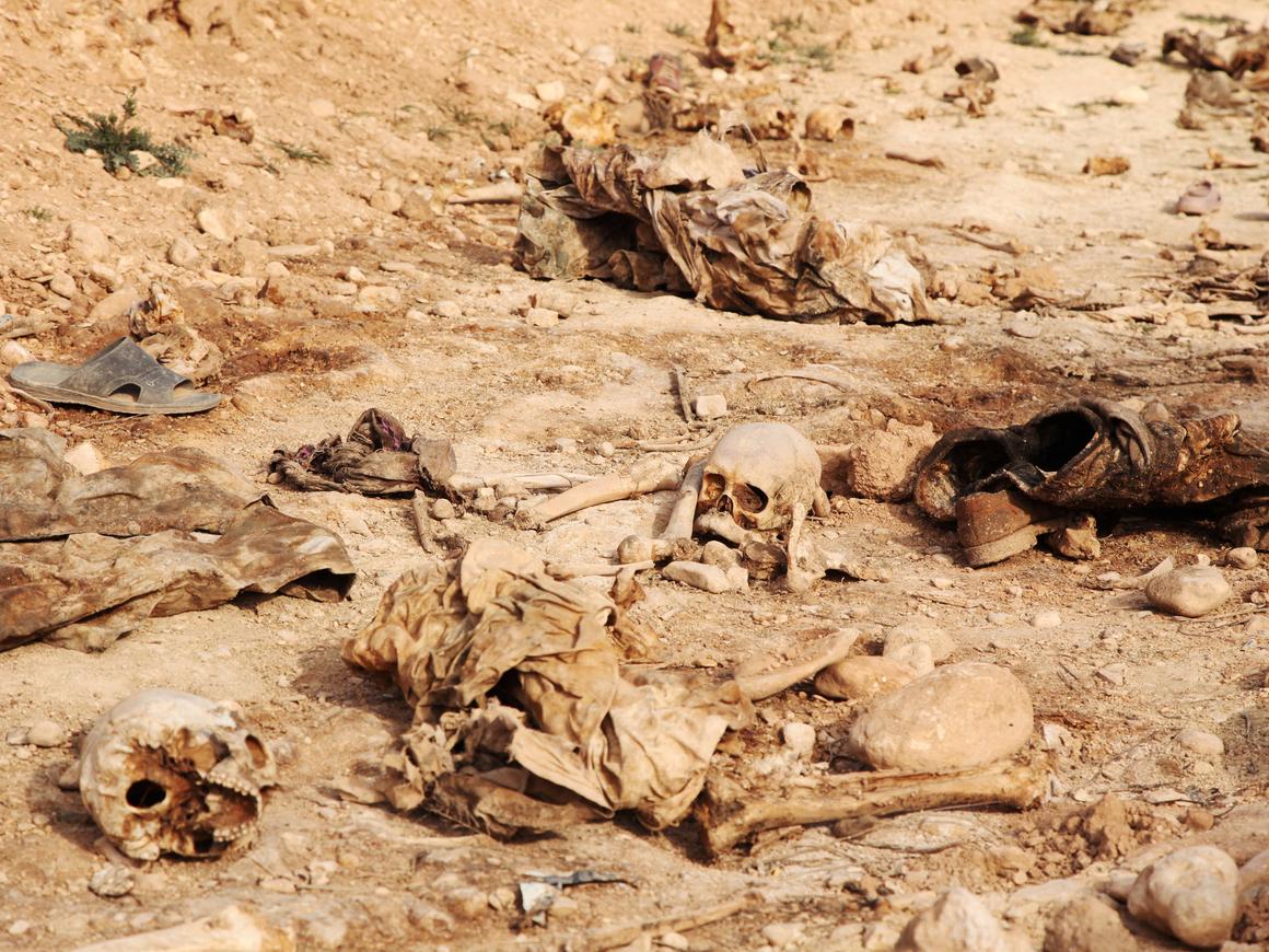 ООН нашла в Ираке 200 массовых захоронений. Винят Исламское государство