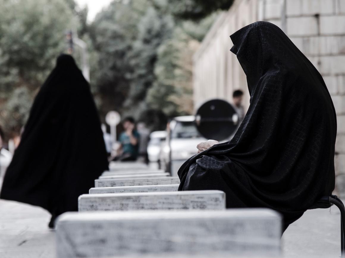 Это что, 1933 год? - Немцы не доверяют мусульманам, евреям и иностранцам