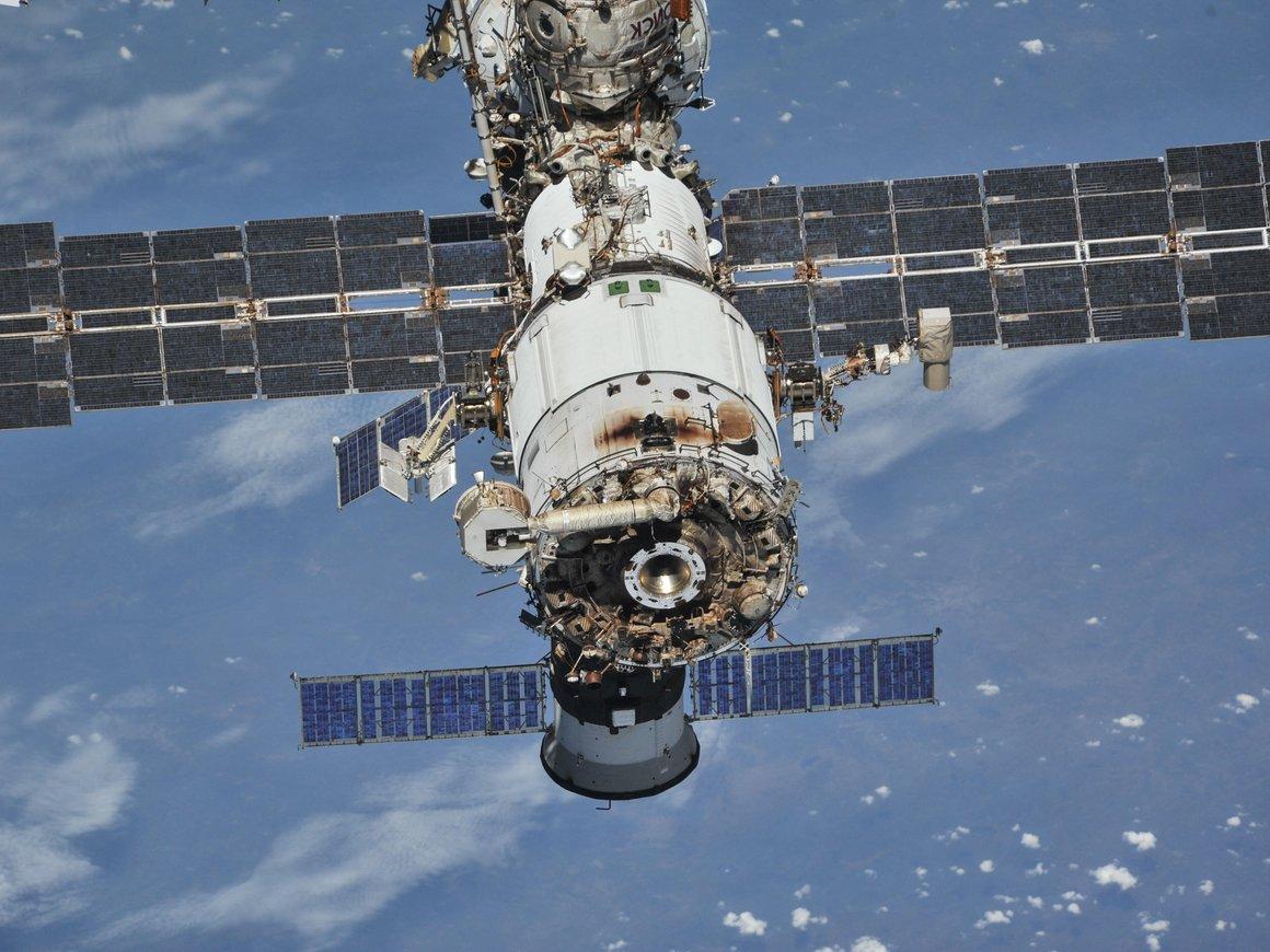 Сюрпризы на МКС: астронавт нашел дискеты, про которые все забыли на 17 лет