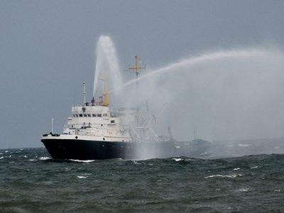 Три корабля ВМС Украины без разрешения зашли в акваторию России