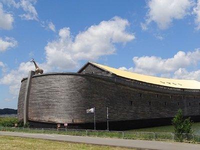 Современный Ноев ковчег поплывёт в Израиль. Так решил его создатель (фото)