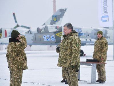 Украина ввела военное положение и собирает резервистов. Значит, завтра война?