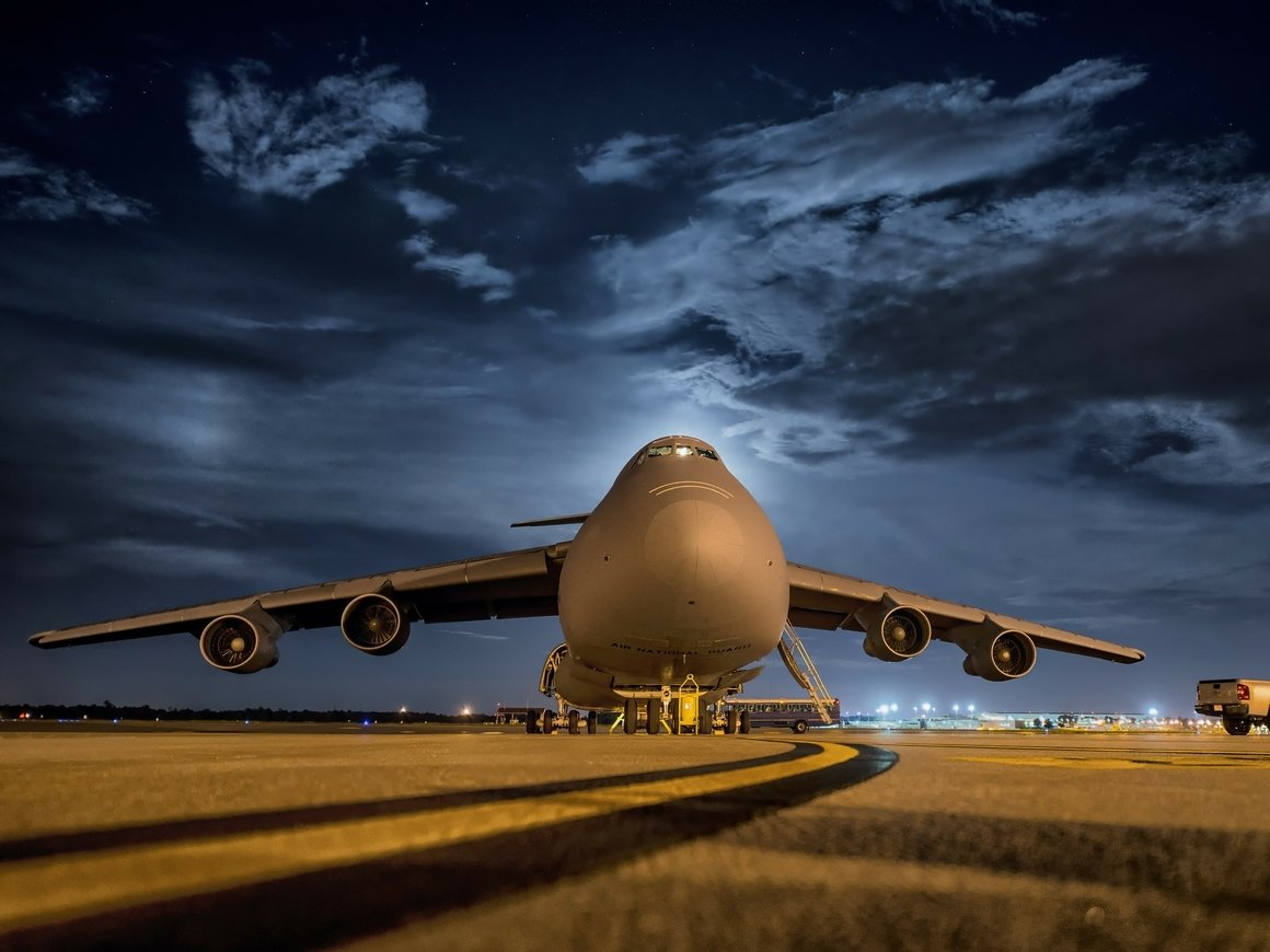 Квиз для бывалых путешественников: сможете угадать авиакомпанию по логотипу?
