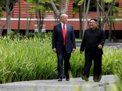 """Всё за денуклеаризацию: Дональд Трамп исполнит """"любое желание"""" Ким Чен Ына"""