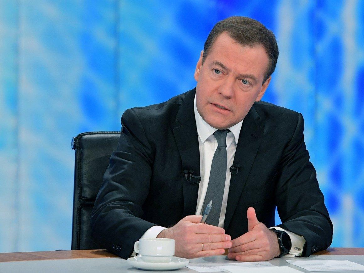 Большое телеинтервью Дмитрия Медведева. Главное – в цитатах