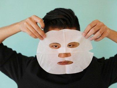 Красота – очень страшная сила: маски для лица с Ким Чен Ыном стали хитом
