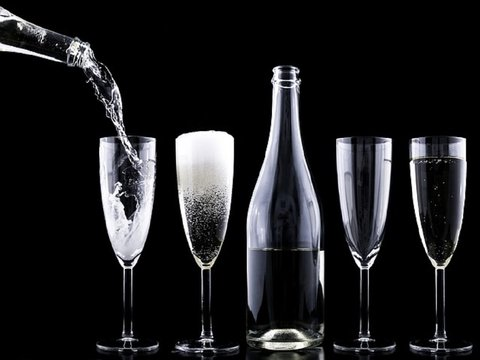 Как выбрать российское шампанское? Роскачество дает советы перед Новым годом