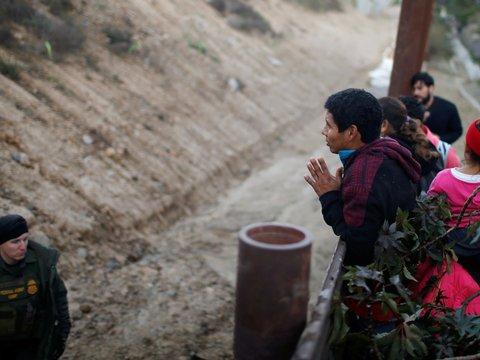 В США требуют расследования ситуации на границе с Мексикой после смерти ребёнка