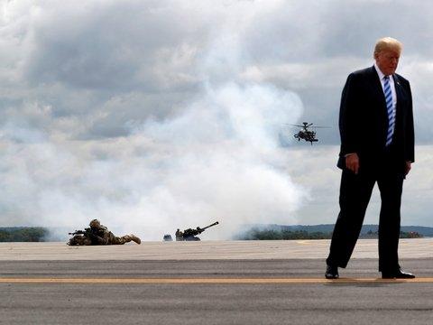 Дональд Трамп объявил о победе над ИГ и приказал вывести войска США из Сирии