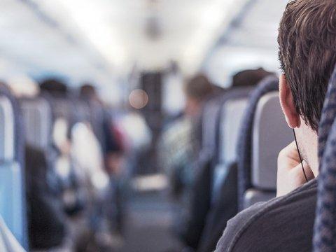 Теперь спецагенты США будут следить за пассажирами из хвоста самолета