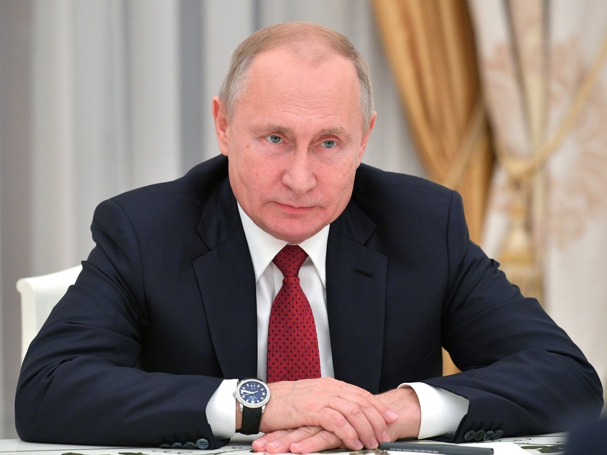 Владимир Путин подписал пакет законов на 2019 год. Читаем вместе