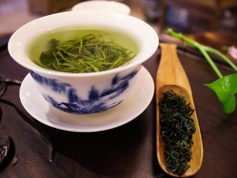 Зеленый чай в разы полезней, если его заваривать правильной водой