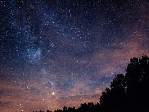 Япония запустила спутник, чтобы увидеть искусственный метеоритный дождь