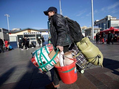В Китае началась Великая ежегодная миграция: миллионы людей едут отдыхать (фото)