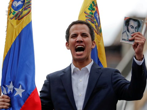 На волне госпереворота Венесуэла разрывает дипотношения с США. Что происходит?