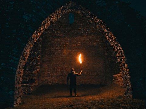 """В Британии нашли магические символы: возможно, они указывают на """"врата в ад"""""""