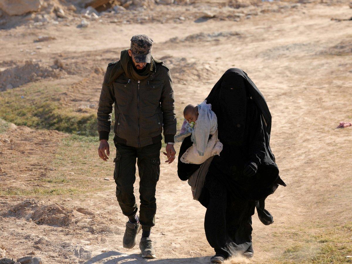 Невесты ИГ: как стать женой террориста и лишиться семьи, страны и дома