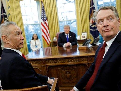 Китайцы выдохнули: Трамп отложил новое повышение тарифов