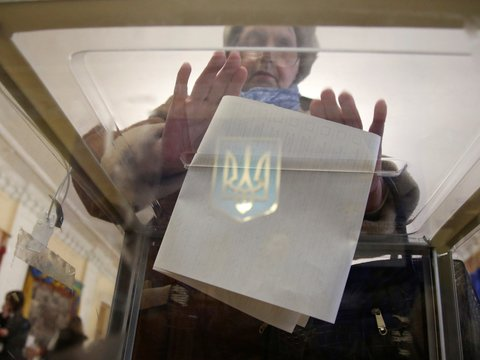 На Украине проходят президентские выборы (рассказываем, что там у Порошенко)