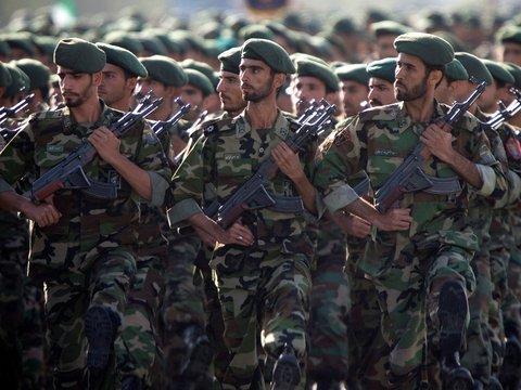"""США признали иранскую гвардию """"террористической организацией"""". Что это значит?"""