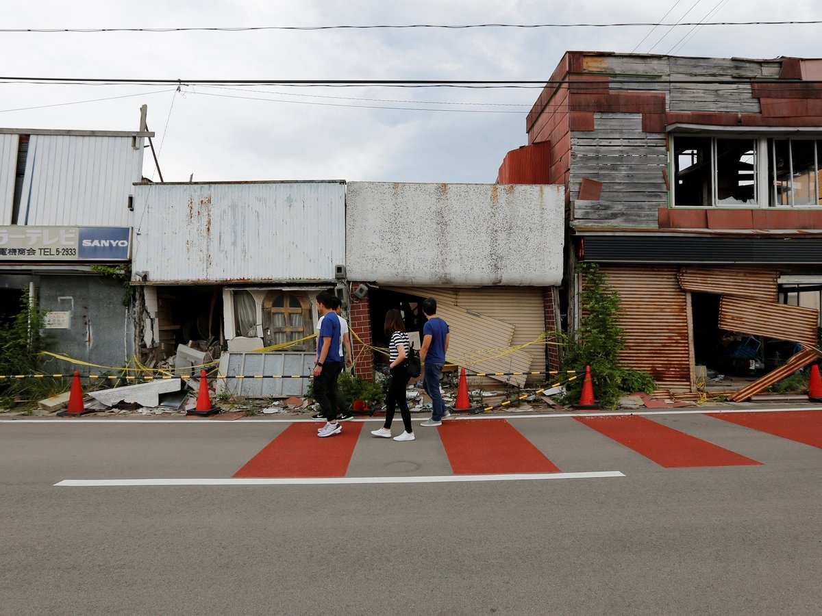 Японцы снова могут жить рядом с АЭС Фукусима-1, но не хотят