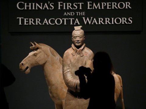 Американец оторвал палец китайскому солдату. Палец — в Китае, парень — в суде