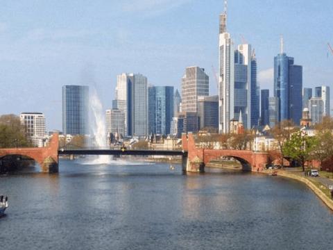 Во Франкфурте уничтожили мину времён Второй мировой войны (видео)