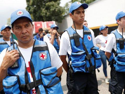 Николас Мадуро позволил Красному Кресту привезти в Венесуэлу гуманитарную помощь