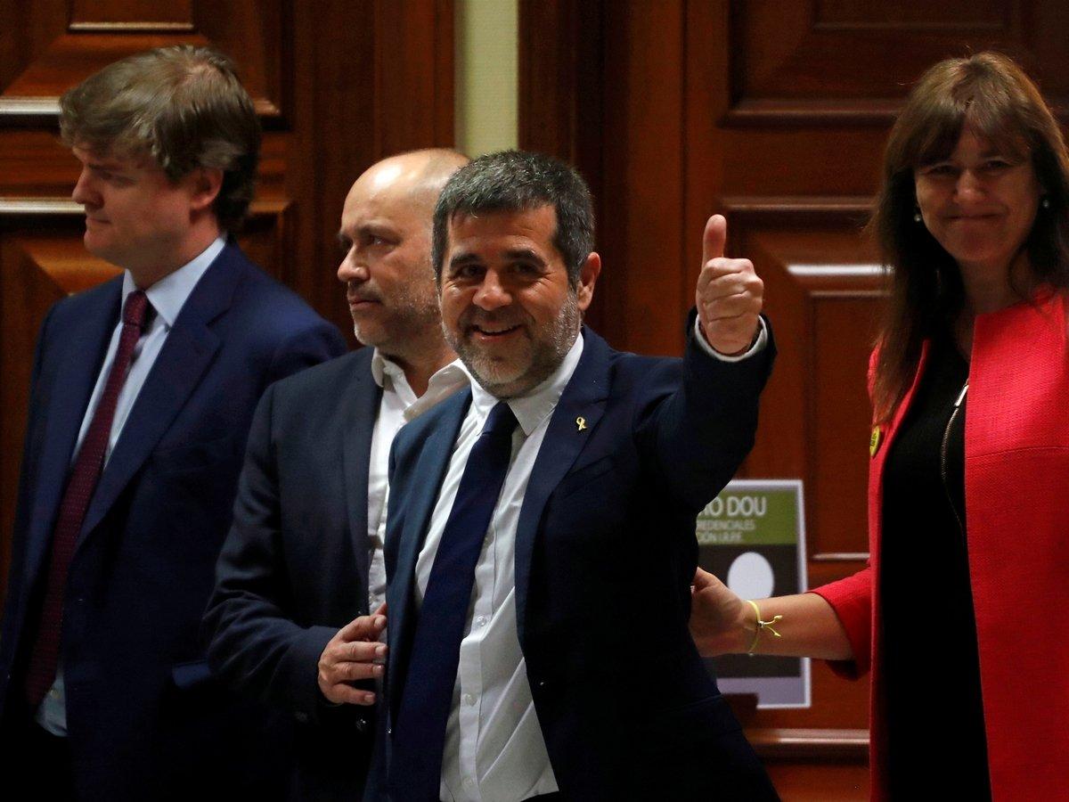 Из тюрьмы — в парламент: заключённые каталонские политики стали депутатами