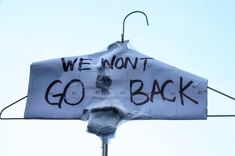 """""""Мы не вернёмся назад"""" —  к практикам домашних абортов"""