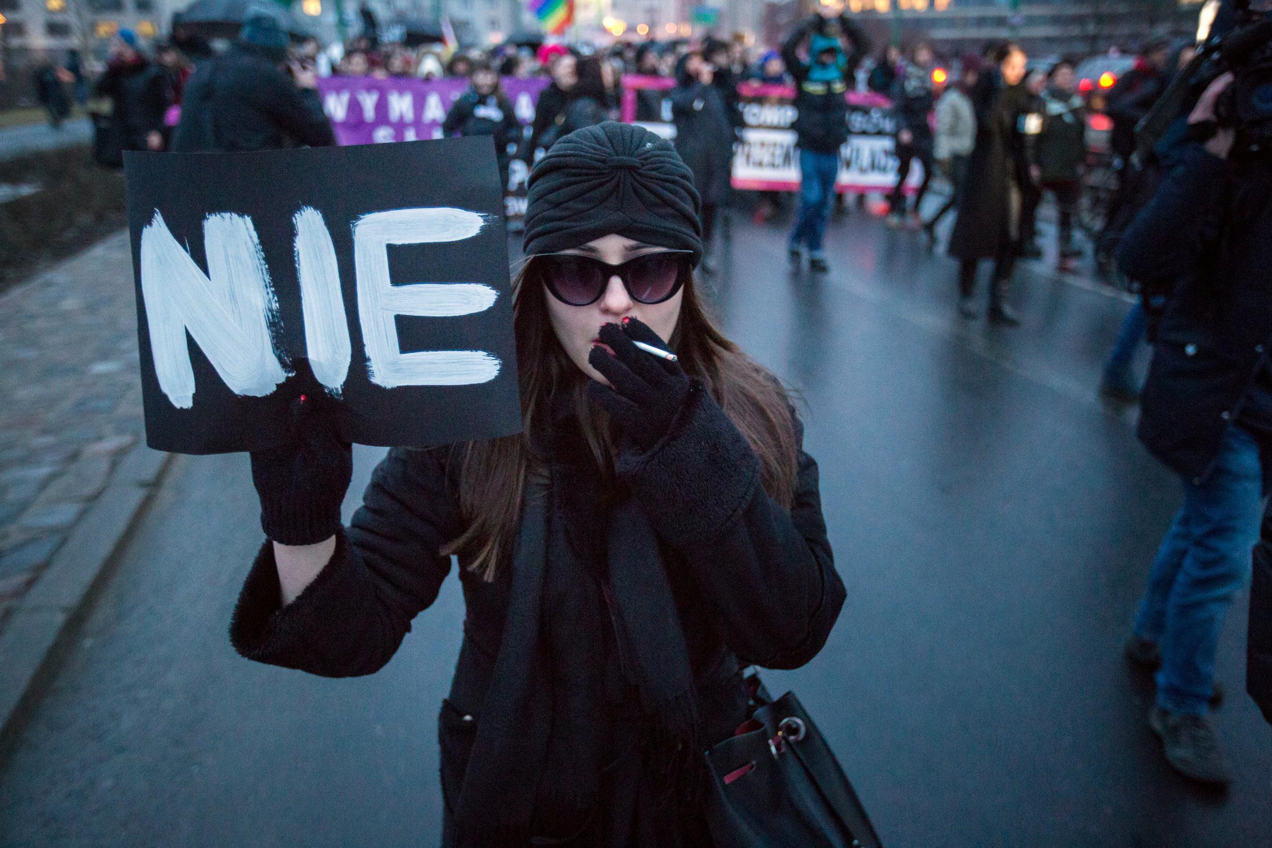 Акция протеста против запрета абортов в Польше