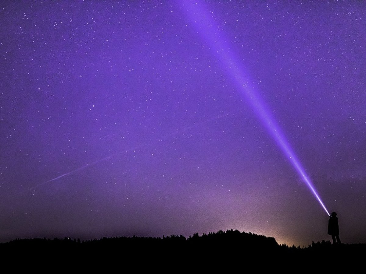 Спутники Илона Маска испортят вид ночного неба
