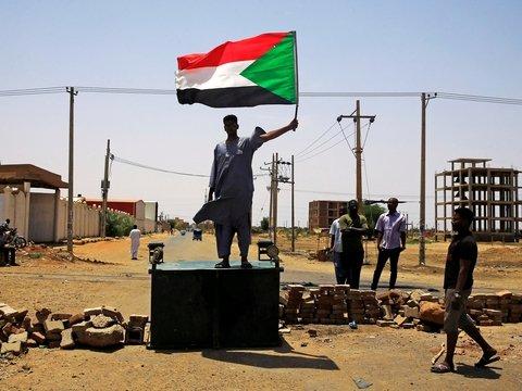 Снова Судан: миллионы людей устроили забастовку против военного совета