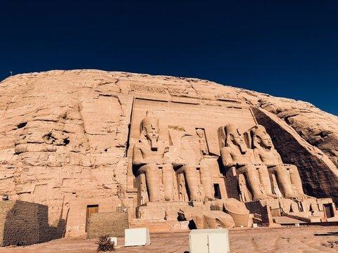 Нет торговле фараонами: Египет пытается сорвать продажу головы Тутанхамона