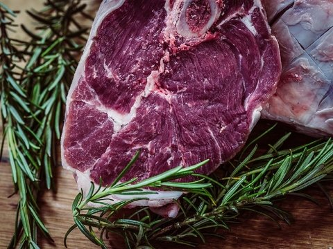 Если заменить хоть одну порцию мяса в рационе, то можно прожить дольше