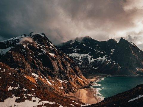 Идём на рекорд! — Таяние снегов в Гималаях опережает прогнозы в 2 раза