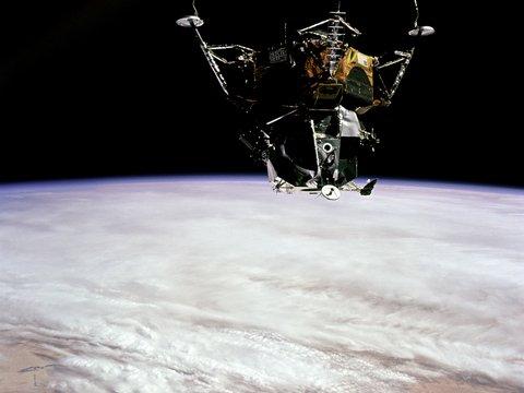 Индия не летит на Луну: миссию отменили за час до старта из-за технического сбоя