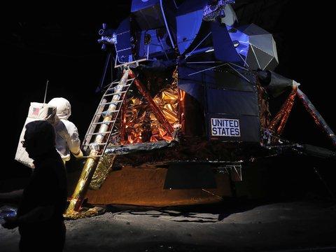 Свиньи на Луне: люди оставили впечатляющий мусорный след на спутнике Земли