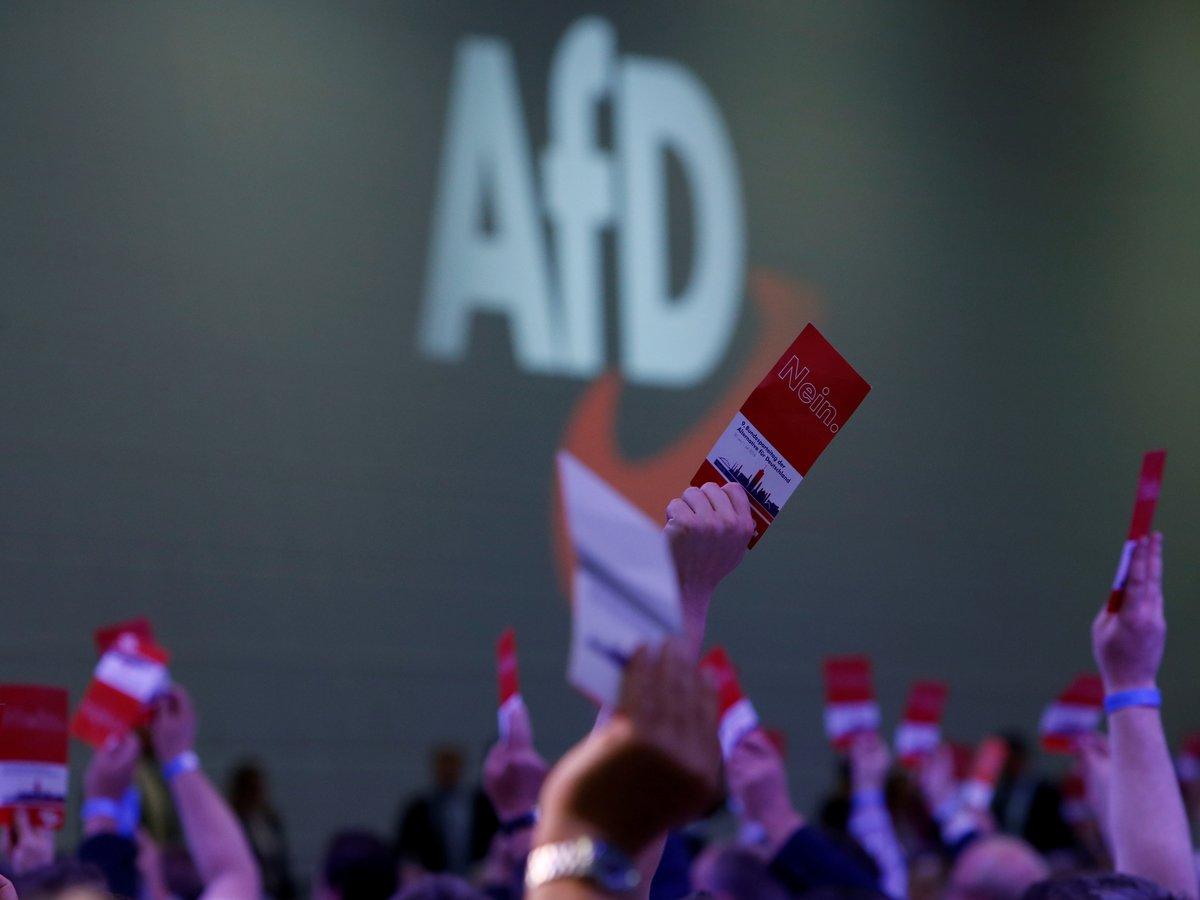 В Германии избирком не взял ультраправых на выборы и теперь получает угрозы