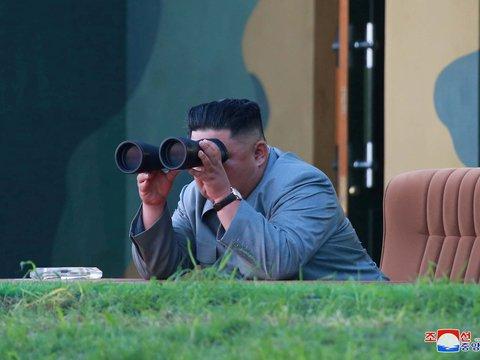 Северная Корея опять запустила ракеты, а ещё обозвала президента Южной наглецом