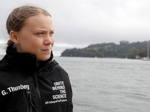 Грета Тунберг пересекает Атлантику ради климатического саммита ООН