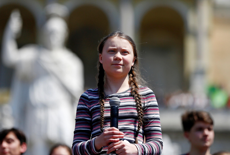Грета с косичками в Риме