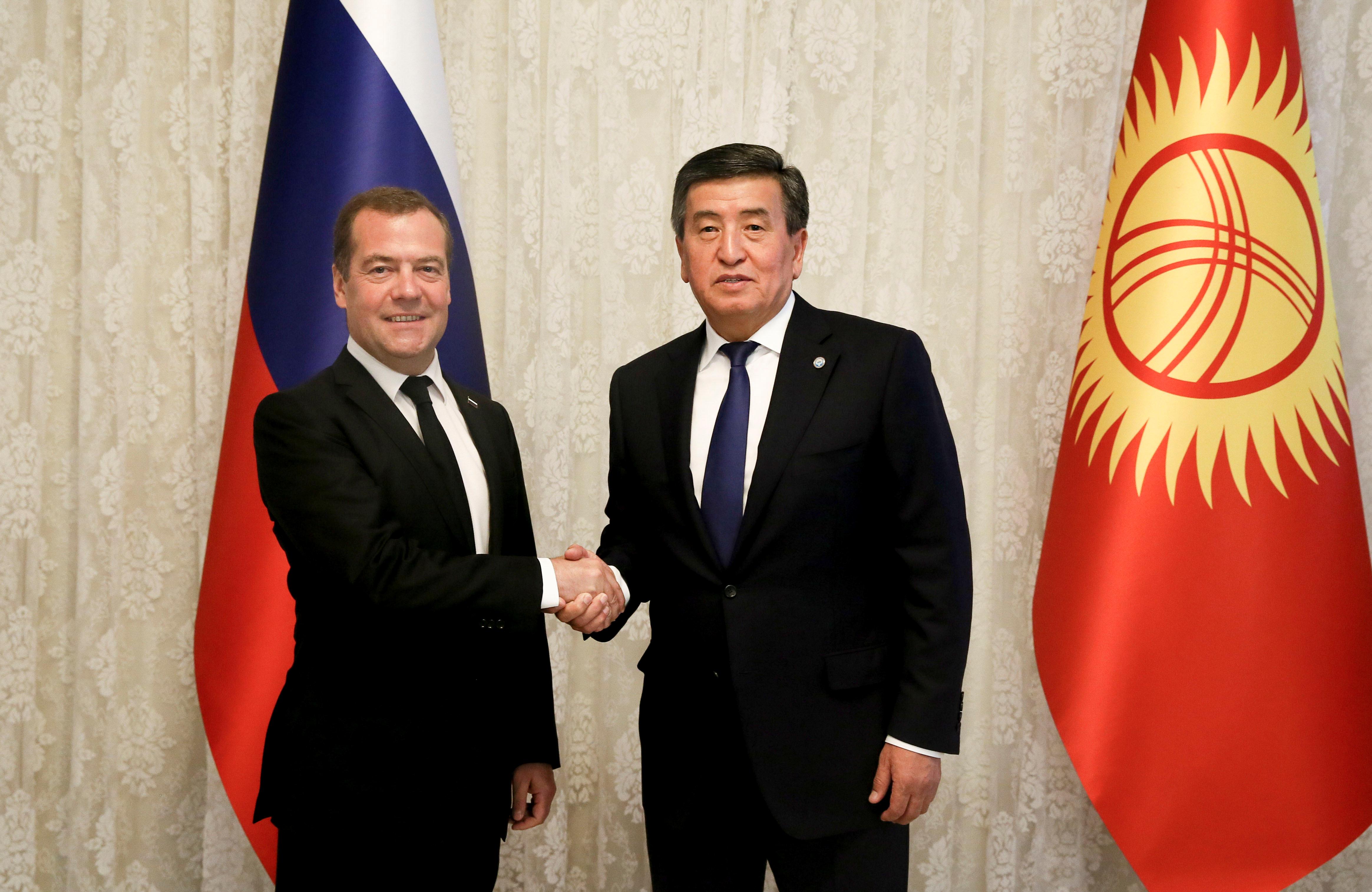 Жээнбеков с премьером РФ Дмитрием Медведевым