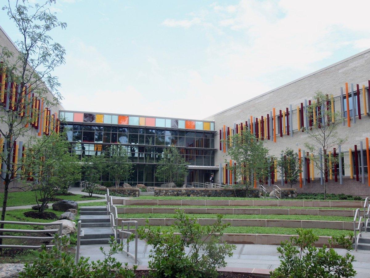 Американские архитекторы строят школу, в которой сложнее убивать учеников